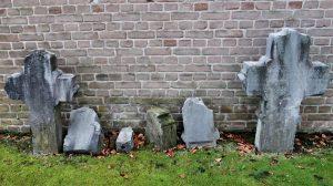 Geschichte Angerdorf Rickelrath Grabkreuze Kirchhof