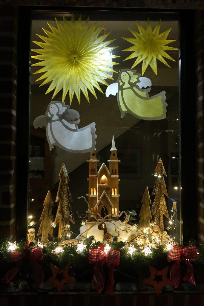 Fenster lebendiger Adventskalender